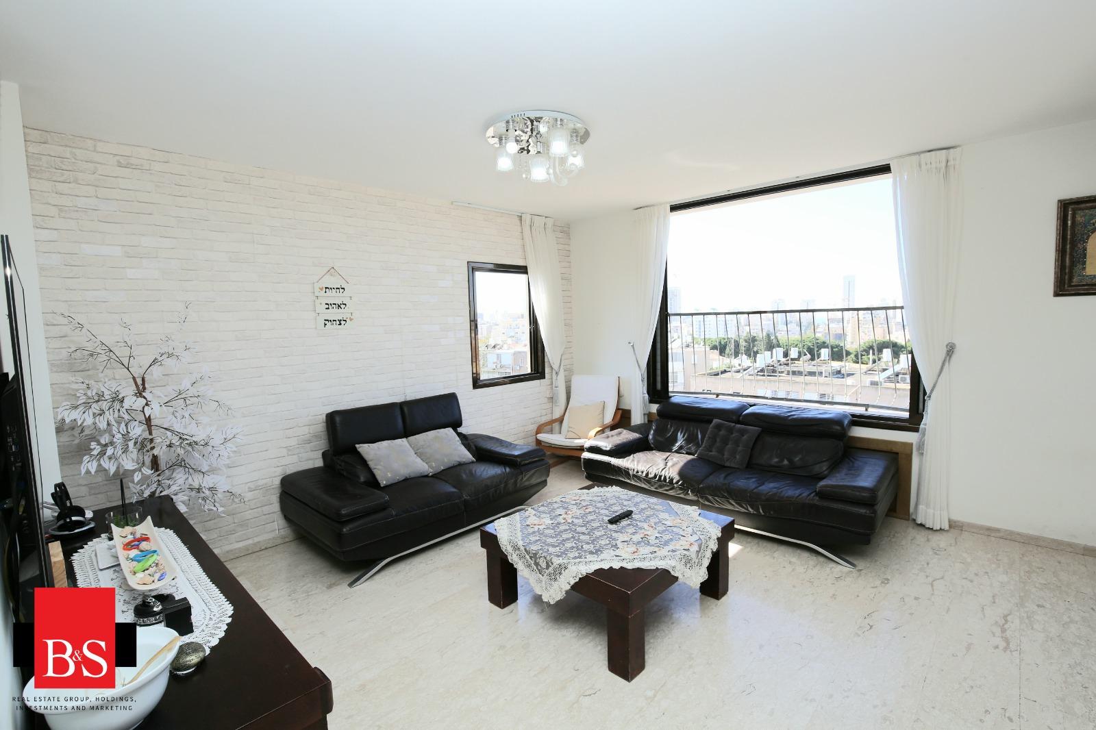 דירת 5 חדרים, רחוב עמק חפר 6, צפון העיר