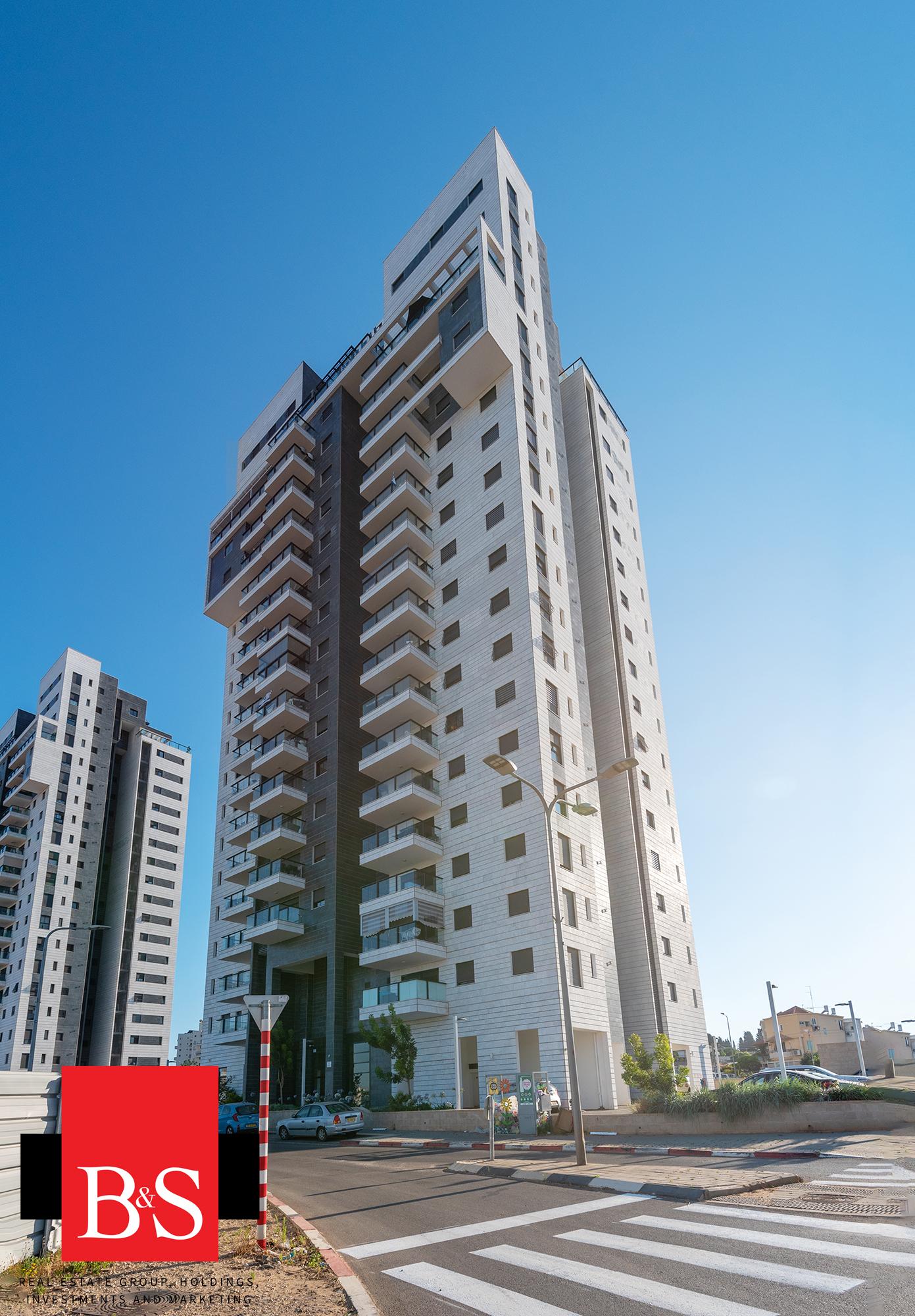 ברמת אפריים, פרוייקט פרשקובסקי היוקרתי דירת 3 חדרים ענקית ומושקעת