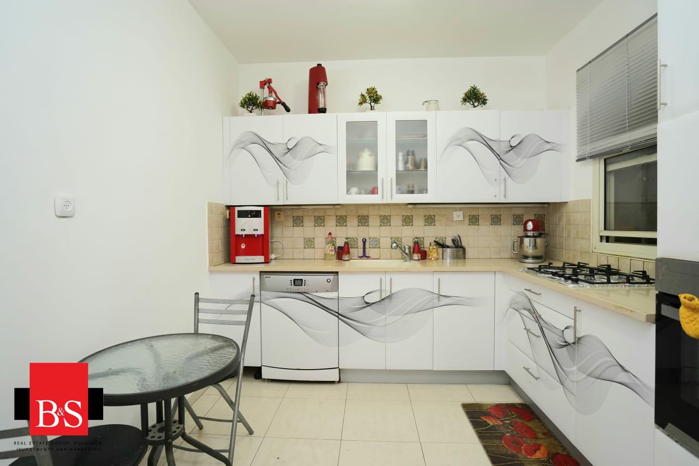 דירת 4 חדרים, רחוב ליבר 3, קרית השרון, נתניה
