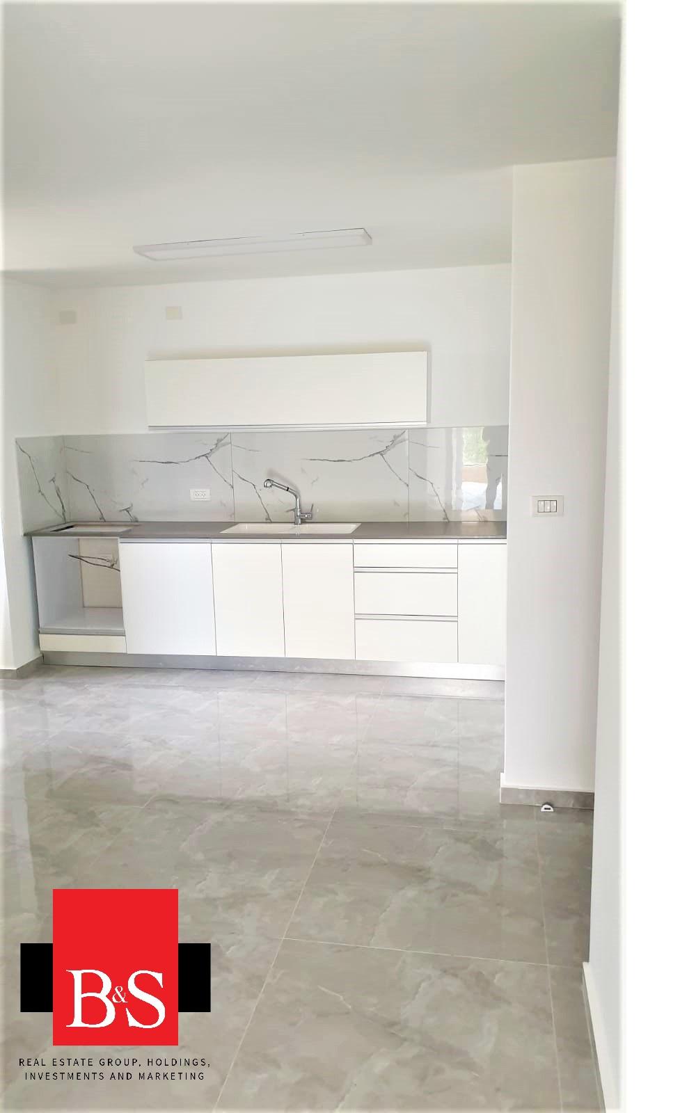 דירת 4.5 חדרים, רחוב בן צבי ,שכונת רמת חן ובן ציון, נתניה