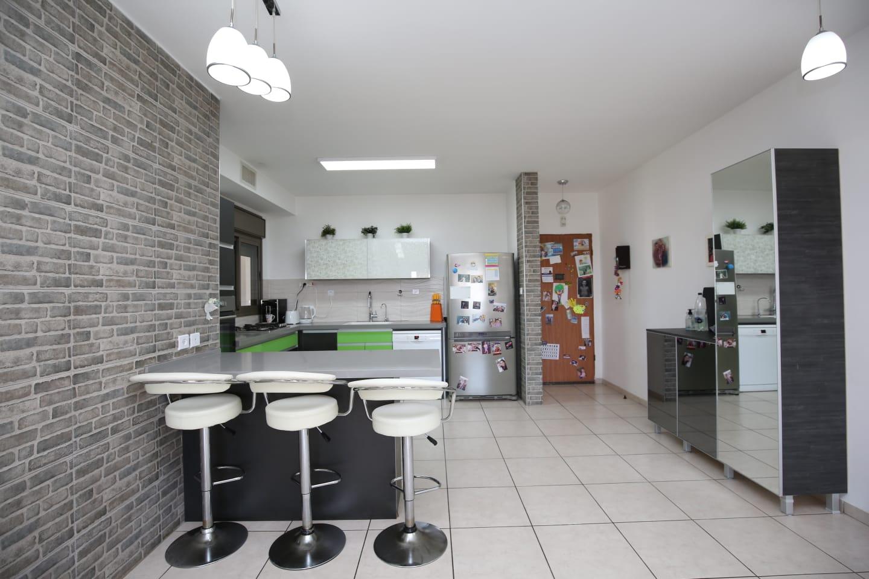 דירת 4 חדריםת רחוב דגניה 50, קריית השרון, נתניה
